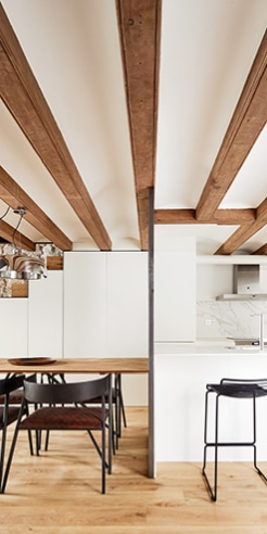 Valentí Albareda converts a war-torn warehouse into an alluring apartment