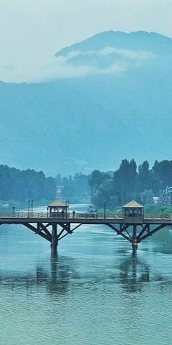 Of Taaq and Dhajji Dwaris: The romance of Kashmiri wooden architecture