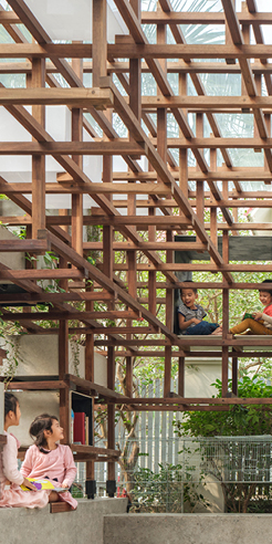 The VAC Library in Hanoi brings together children, plants and animals