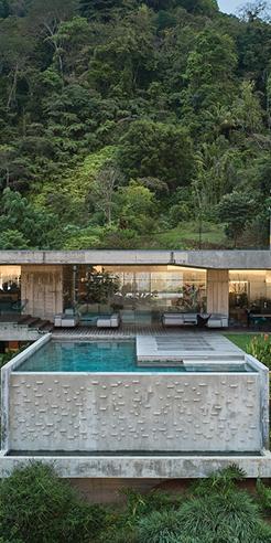 Formafatal and Refuel Works settle concrete Art Villa in a lush Costa Rican jungle