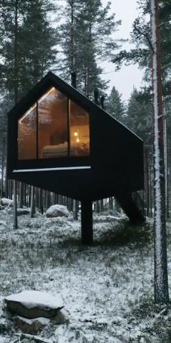 Studio Puisto's Niliaitta cabin pays homage to Finnish vernacular architecture