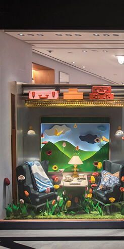 Aboard the Hermès Odyssey: Display windows that recreate the magic of travel