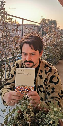 What Am I Reading: Gianluca Gimini