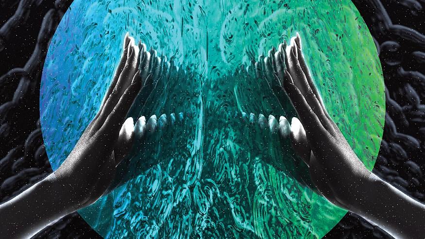 Exploring the digital arts practice of retro-inspired artist and musician, Noel Apitta