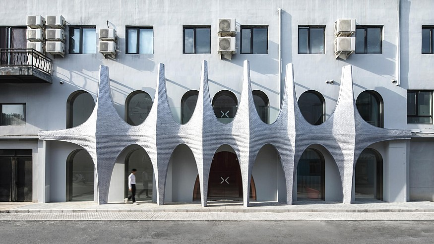 123 Architects transform factory into photography studio 'Masquerade' in China