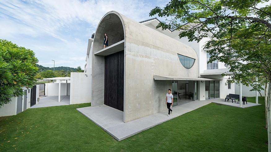 Fabian Tan fits a chunky barrel-vaulted annex to a suburban home in Kuala Lumpur