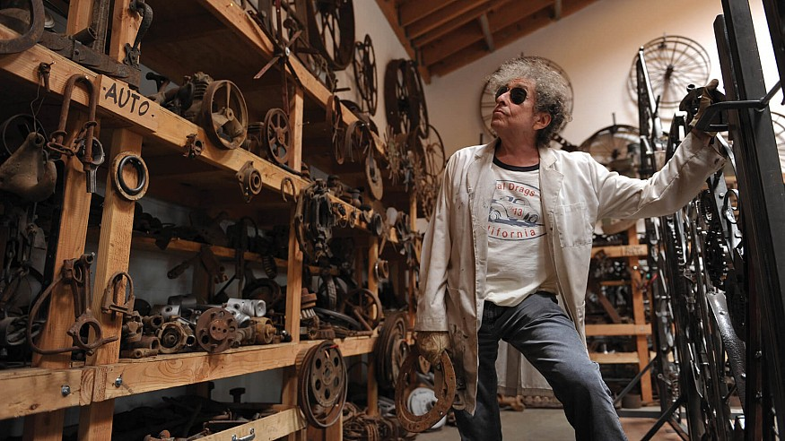 London's Halcyon Gallery presents artworks depicting the world as seen by Bob Dylan