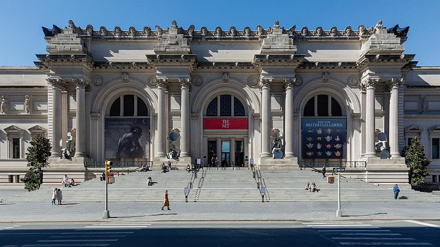 'The séances aren't helping': Met's Façade Commission is a conversation across time