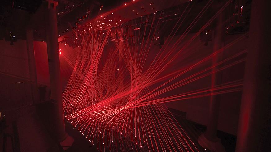 Shohei Fujimoto showcases a kinetic laser installation at ARTECHOUSE in New York