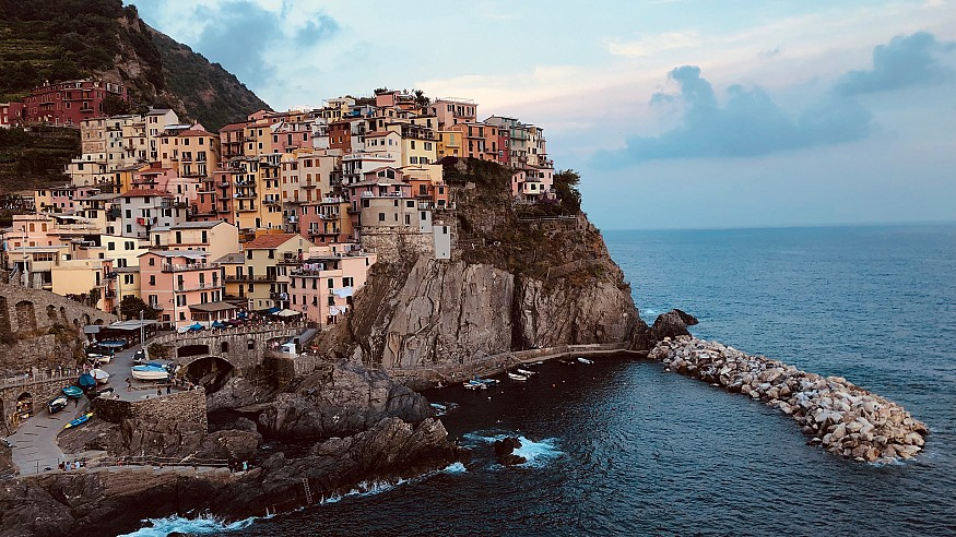 Living on the edge: Postcard from Cinque Terre, Italy