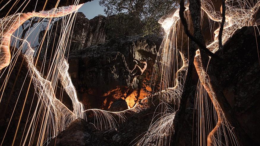 Vitor Schietti's long painting photography illuminates hitherto unseen part of nature