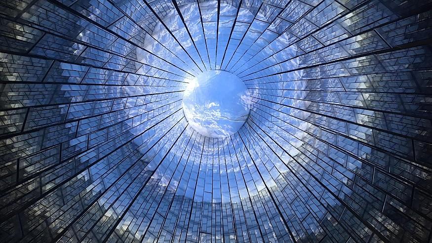 Installation works of Takashi Kuribayashi imbibe metaphysical ideas on life