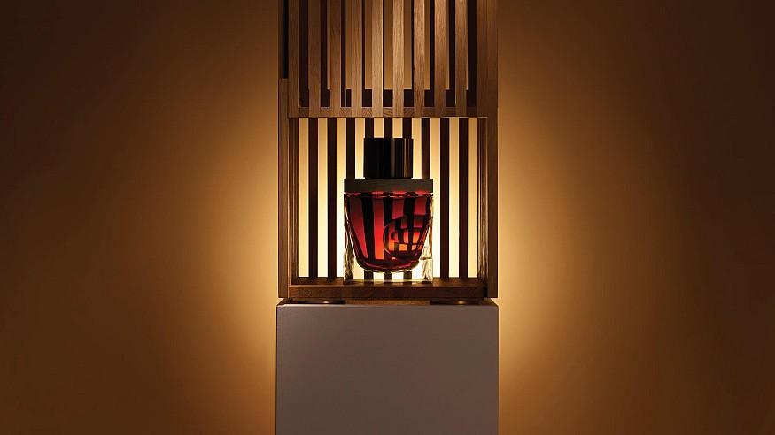 David Adjaye designs crystal decanter and oak pavilion for 80YO single malt whisky