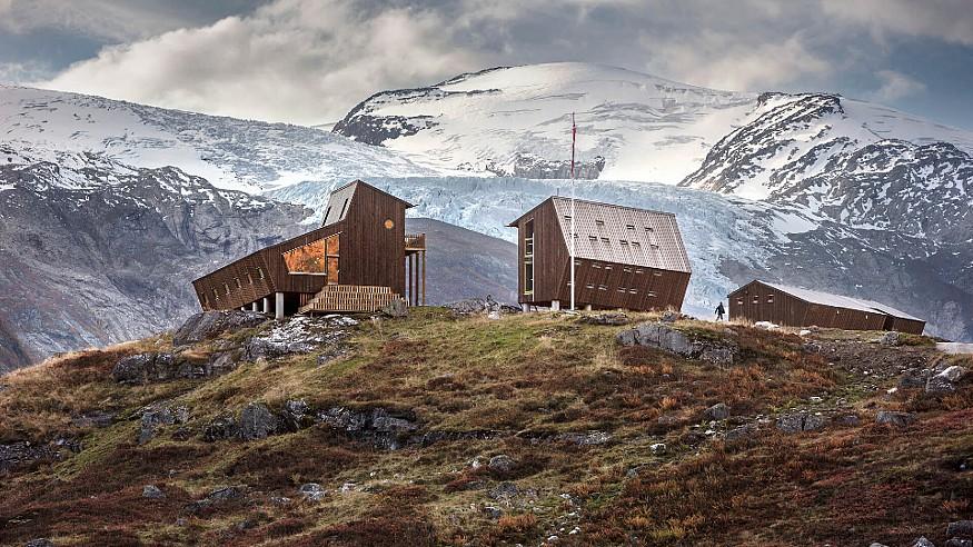 Tungestølen Hiking Cabin by Snøhetta overlooks Norwegian glaciers, mountains