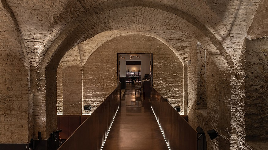YOD Group adapts an 18<sup>th</sup> century Ukrainian mansion into Samna restaurant
