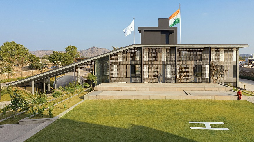 Urbanscape Architects' complex for Stonex India stands out in the industrial landscape