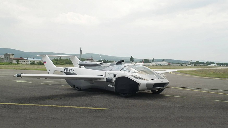 """From dream to reality: Klein Vision's """"flying car"""" to glide over traffic woes"""