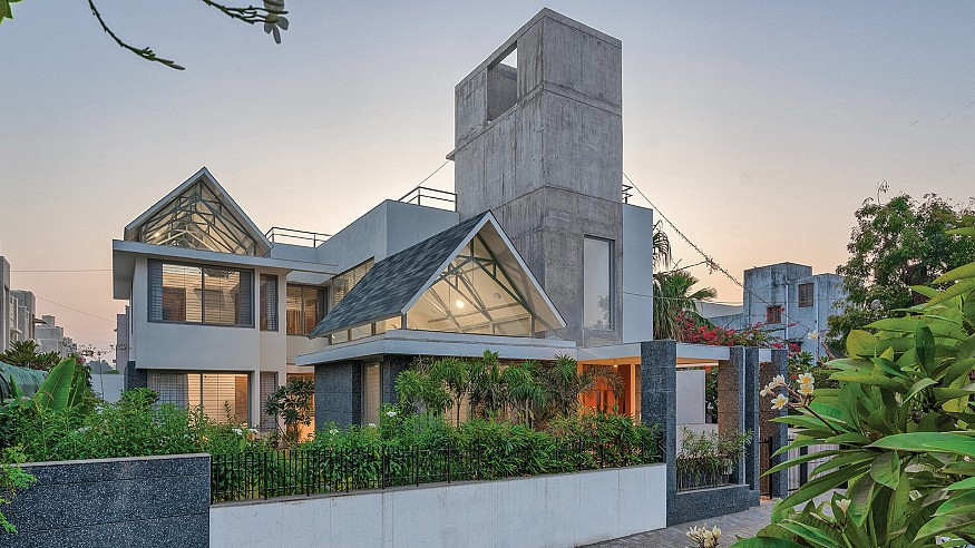 UA Lab fix gable roofs and a concrete agenda for the Gable House in India