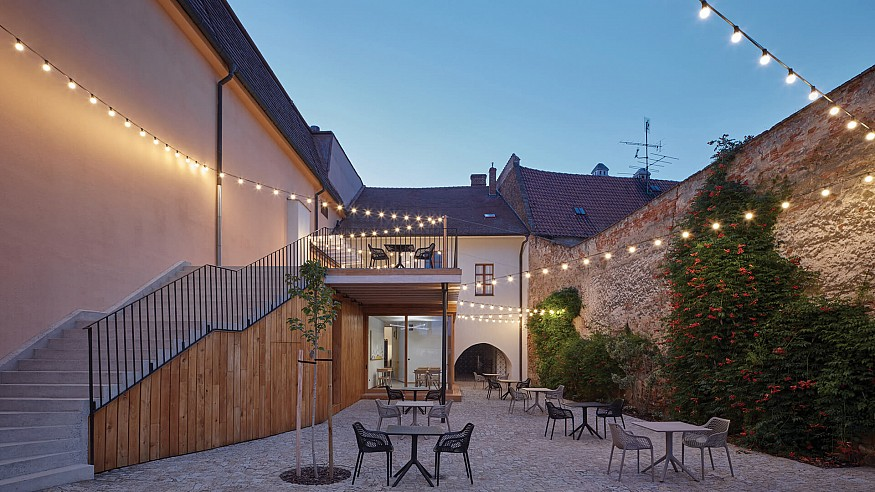 Wine with a view: ORA converts former Renaissance house into a rustic winery