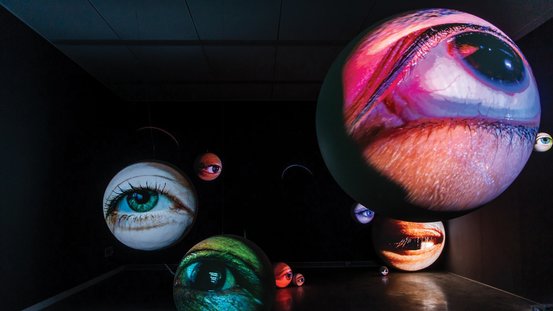 Tony Oursler talks about 'Black Box', a retrospective at Kaohsiung Museum