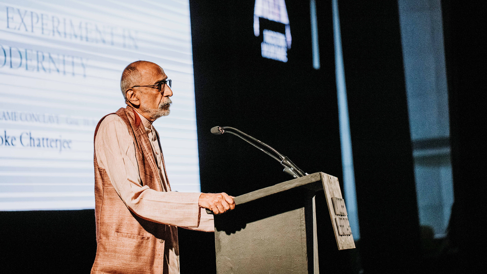 Ashoke Chatterjee addressing the audience at the Frame Conclave 2019, Goa | Design Education | Frame Conclave | Ashoke Chatterjee | STIRworld