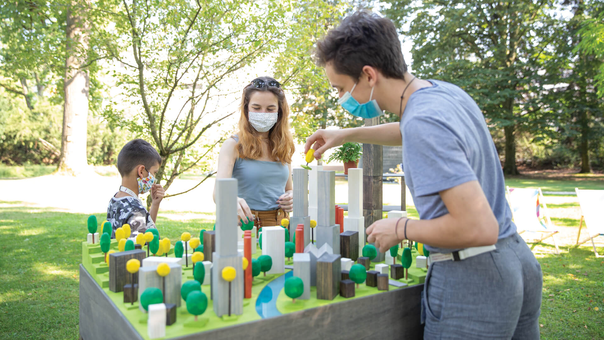 Create Your World, a project on the grass of JKU Campus that challenges visitors to propose an eco-conscious city model, and then evaluates its viability vis-à-vis a computer-made model | In Kepler's Gardens | Ars Electronica | STIRworld
