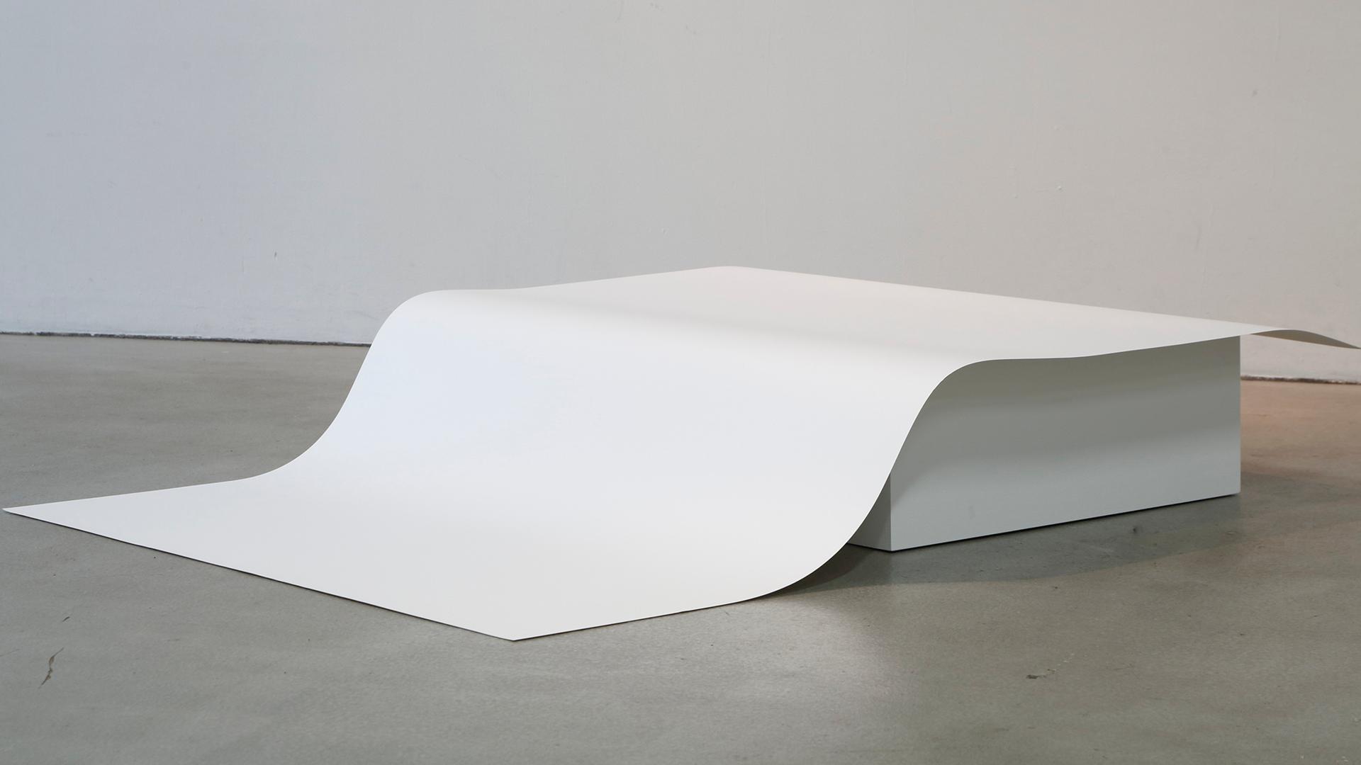 Eri Takayanagi, One Surface Piece of Paper, 2014, Papier 145 x 110.2 cm | Art Du?sseldorf | Eri Takayanagi | STIRworld