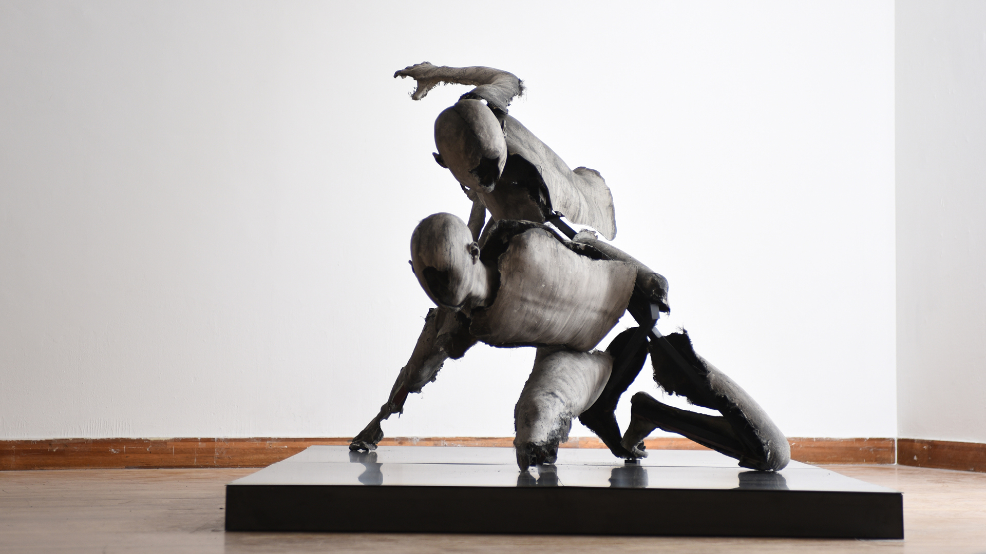 From The Amphitheater Series, Uffizi Wrestlers, 2016 | Park Kipyung | STIRworld