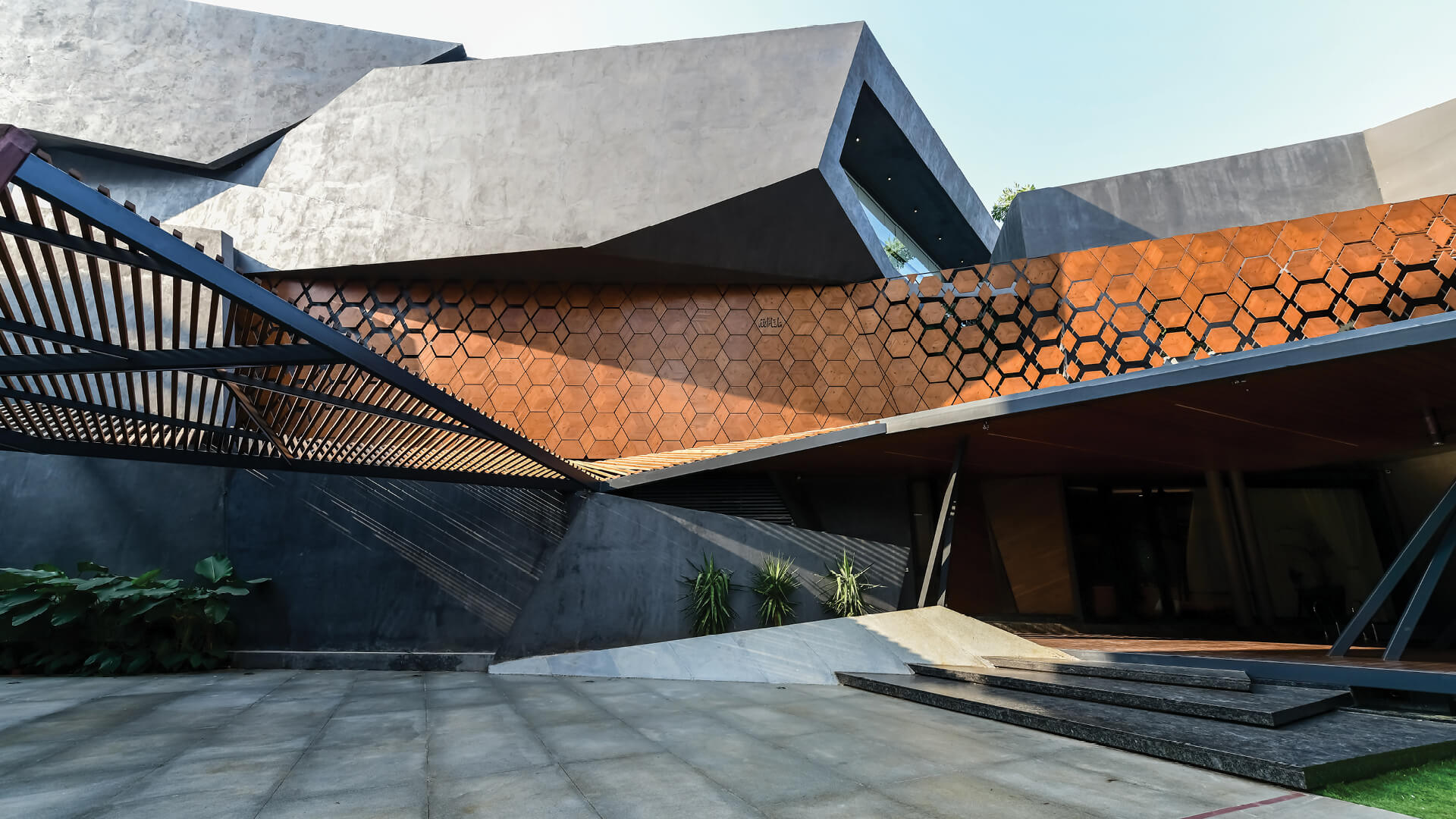 DA Studios' RH21 in Hyderabad, India, evokes rhythmic angular masses frozen in time
