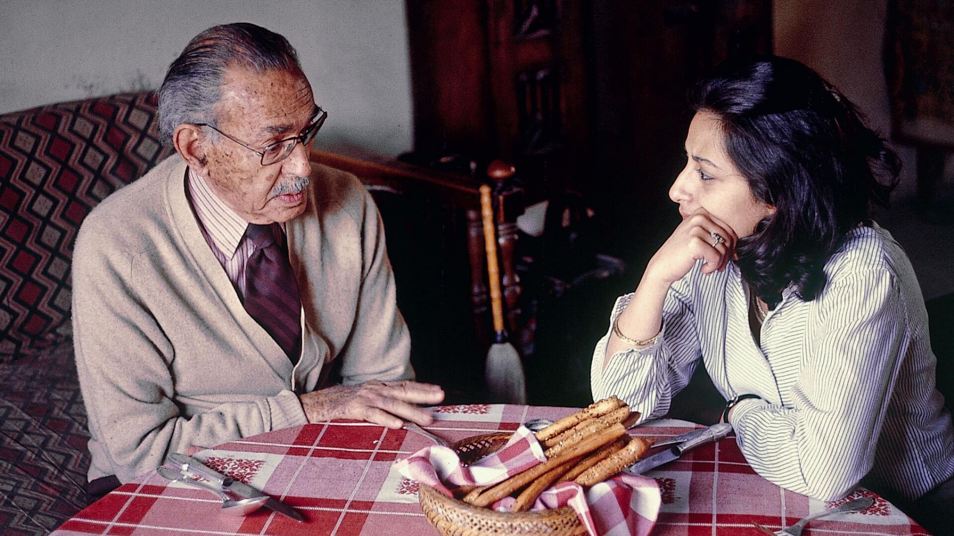 Hassan Fathy with Salma Samar Damluji in Darb el Labbanah, Cairo, 1979 | Salma Samar Damluji | Daw'an Mud Brick Architecture Foundation | Women in Design 2020+ | STIRworld