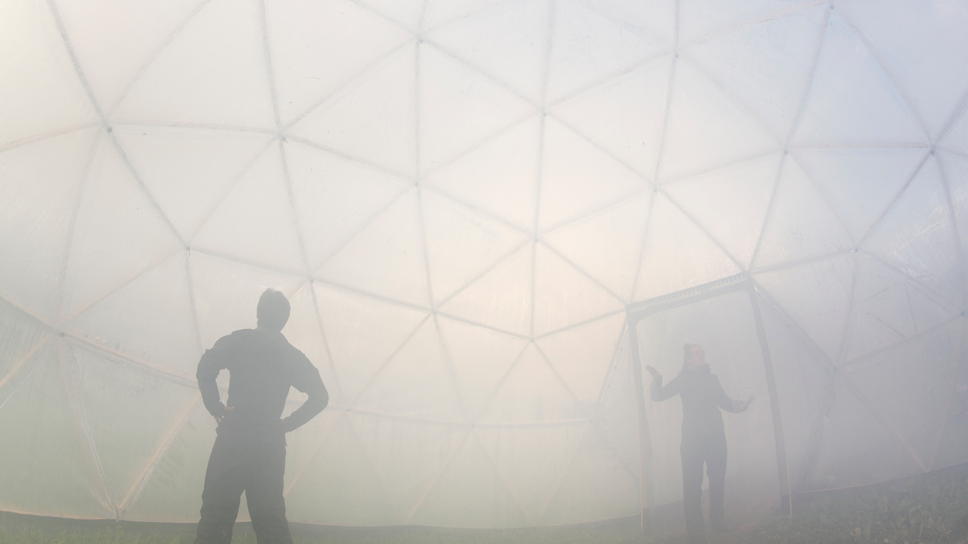 Inside the Delhi Pod – one of the five Pollution Pods installed by artist Michael Pinsky | Michael Pinsky | STIRworld