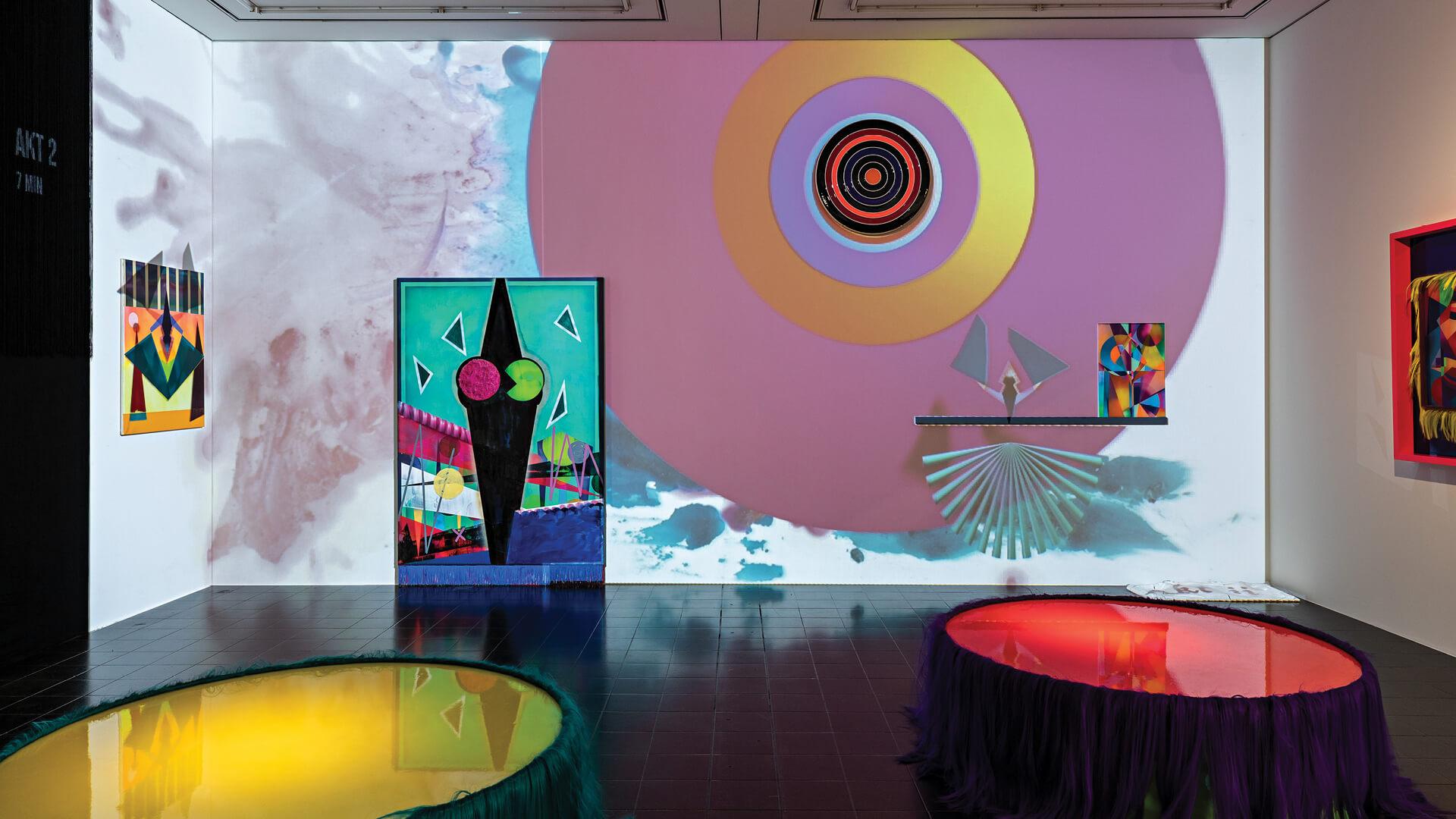 Installation view of Lüde in VII Ekcten (2020) by Dana Greiner at the Hamburger Kunsthalle | The Absurd Beauty of Space | Dana Greiner| STIRworld