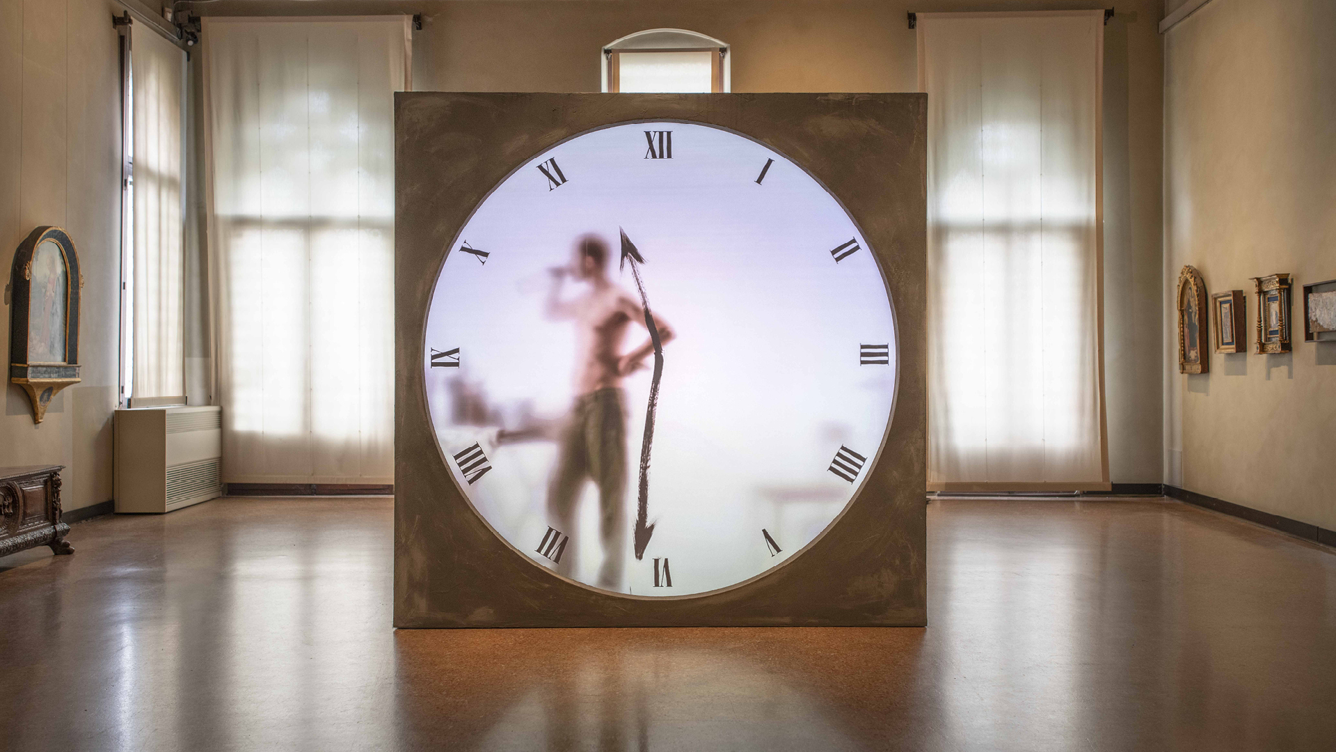 Maarten Baas; Real Time XL The Artist by Maarten Baas; 2018; Brass, concrete, bronze, digital components; H250 L250 W240 CM / H98.4 L98.4 W94.5 in; Unique | Dysfunctional | STIR