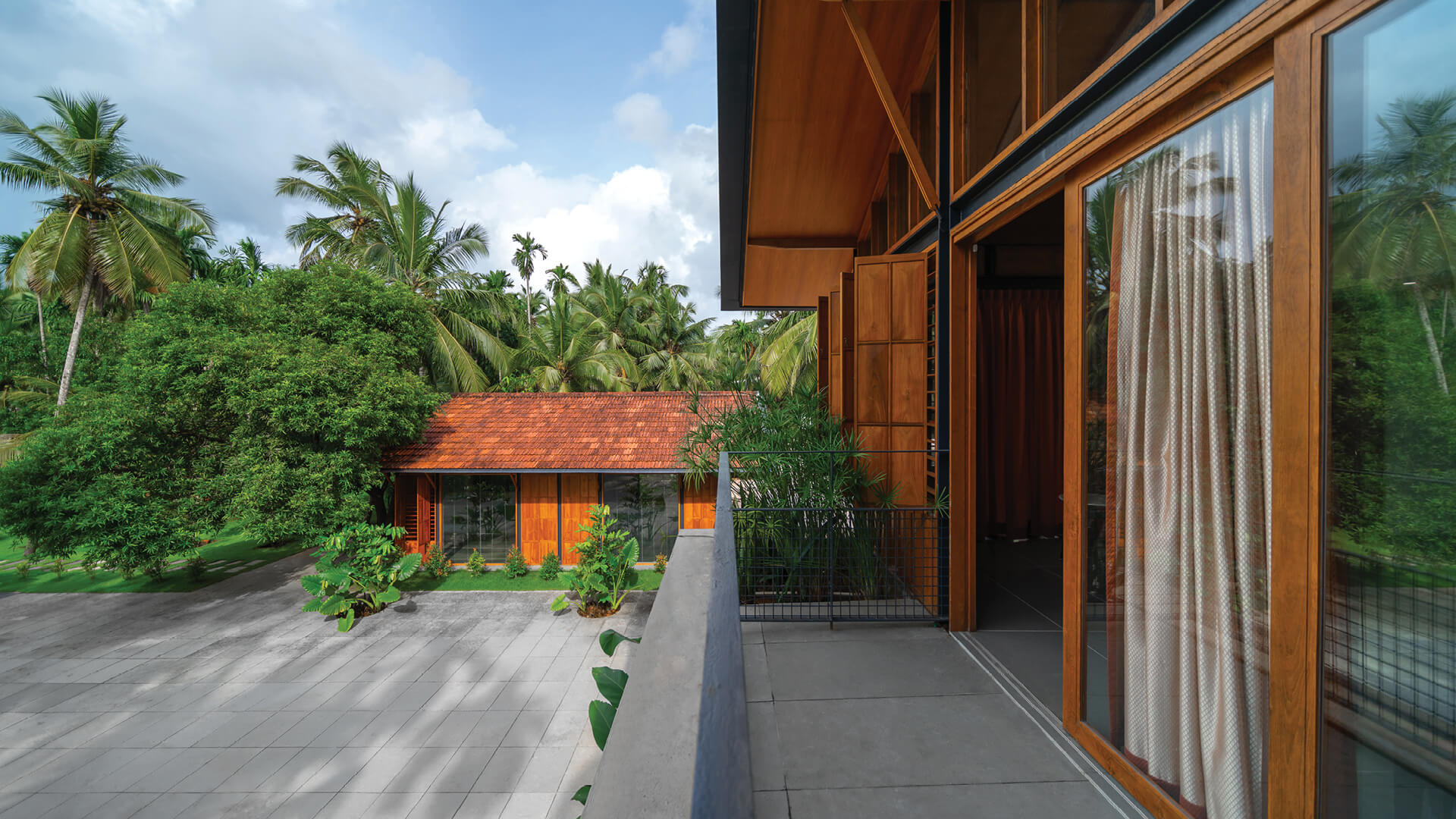 Overture – the residence built for Ayani family in Payyoli, Kerala, by Thought Parallels | Overture for Ayanis by Thought Parallels | STIRworld