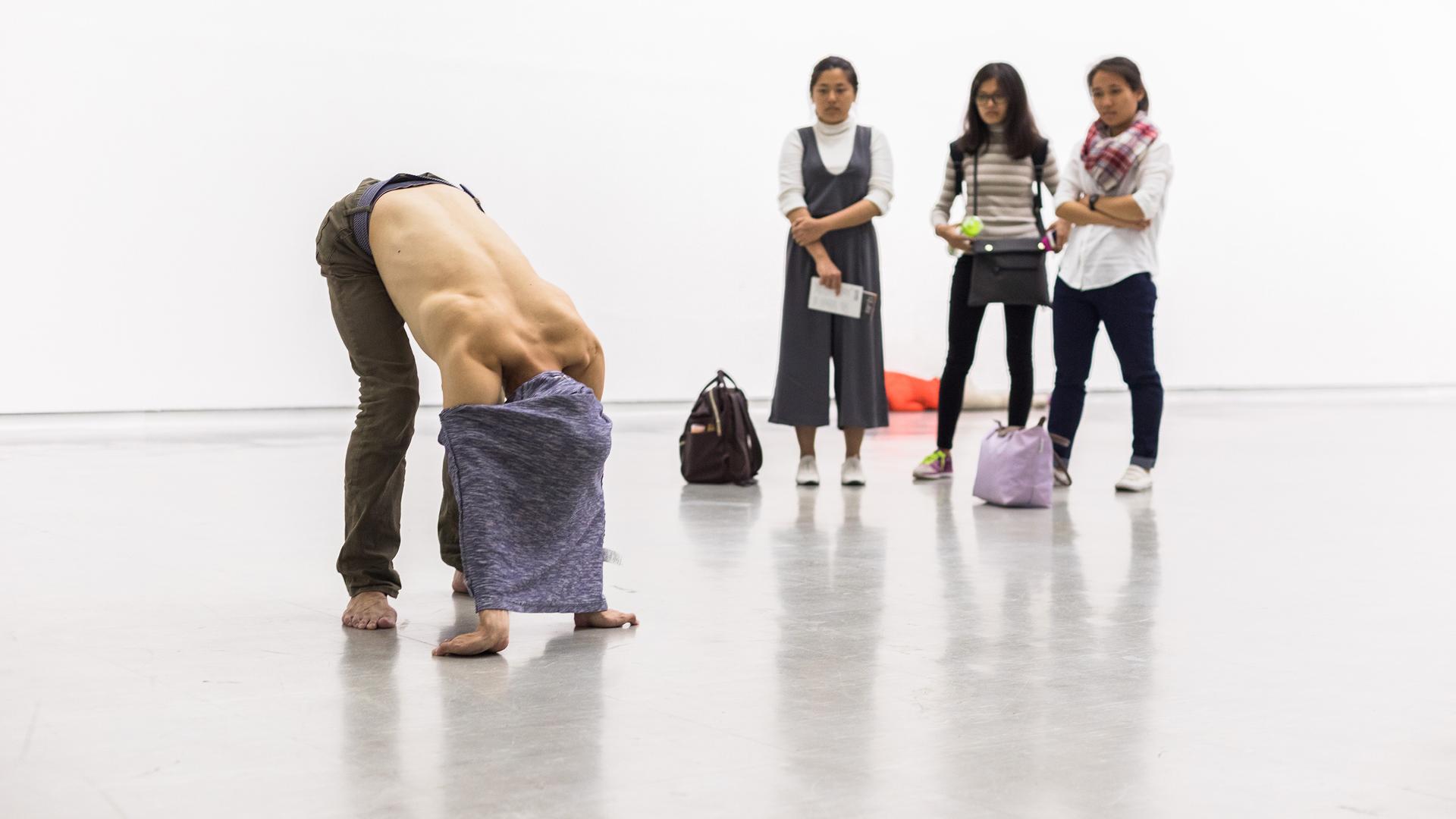 Retrospective by Xavier Le Roy, Taipeh Biennale 2016, Taipei Fine Art Museum | Retrospective | Xavier le Roy | STIR