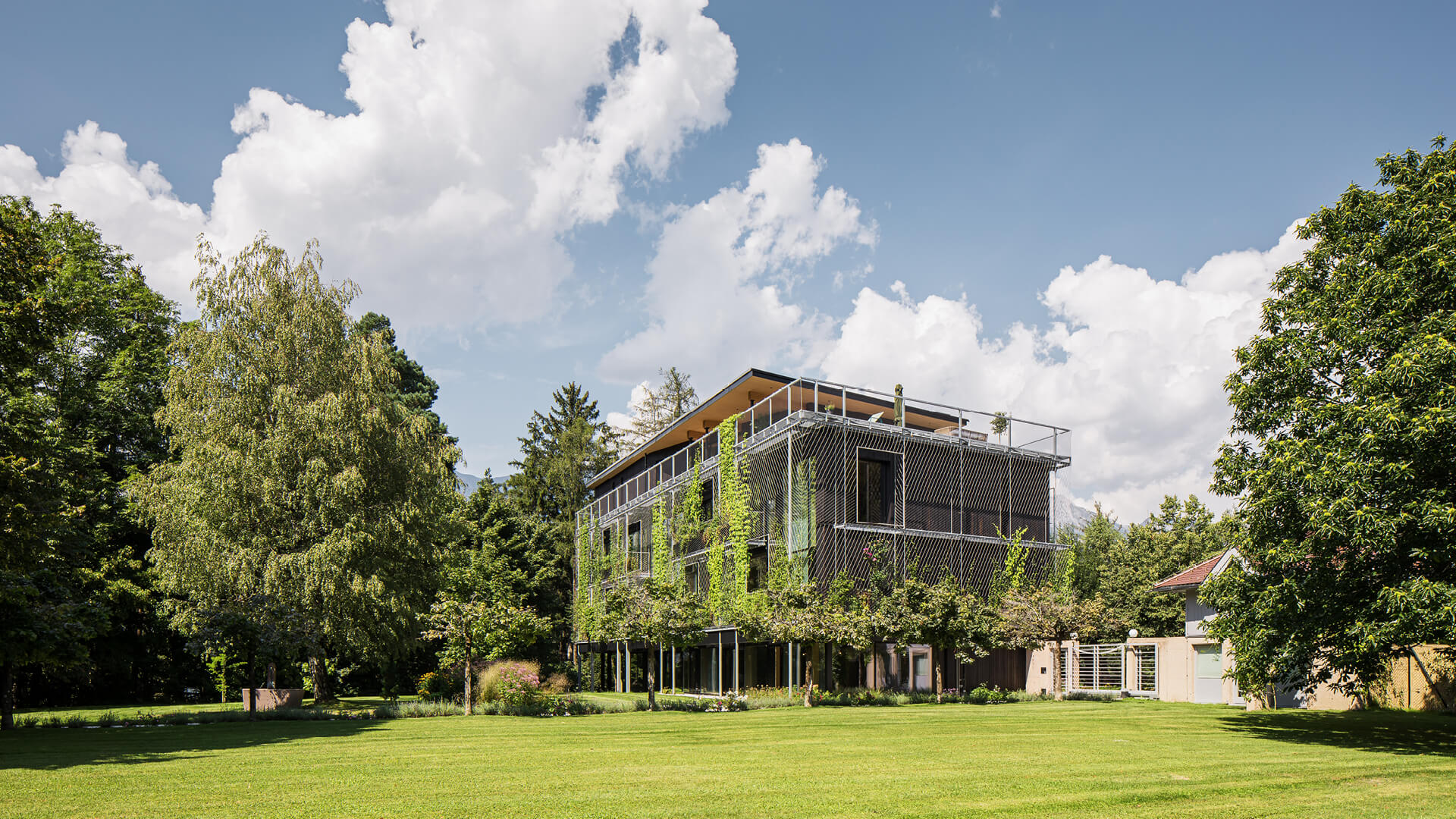 Snøhetta completes timber clad, open plan headquarters for travel company ASI Reisen in Austria | ASI Reisen Headquarters by Snøhetta | STIRworld