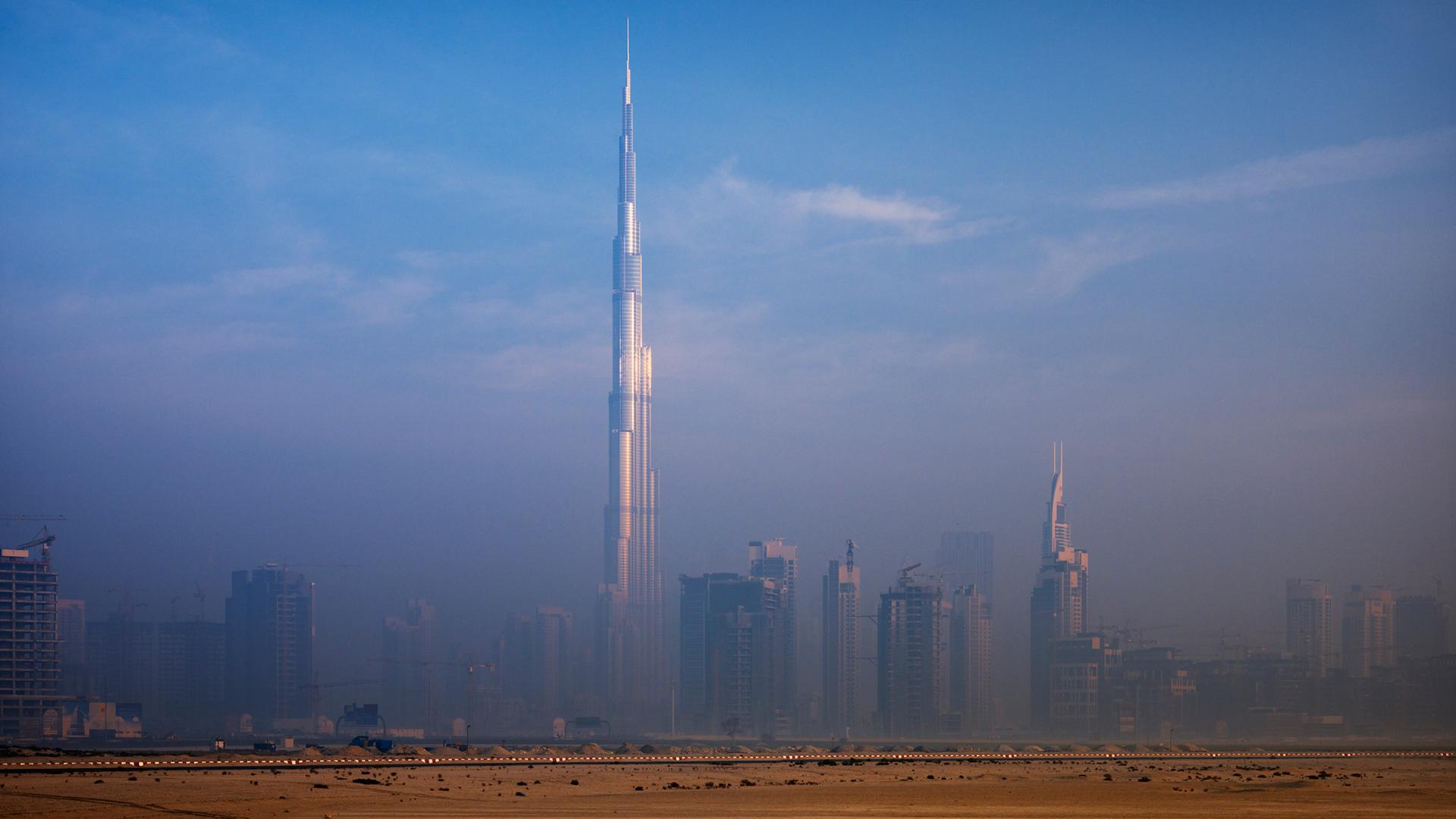 The Burj Khalifa tower in Dubai, 2010 designed by Adrian Smith, Design Partner at SOM  | Adrian Smith | Gordon Gill | STIRworld