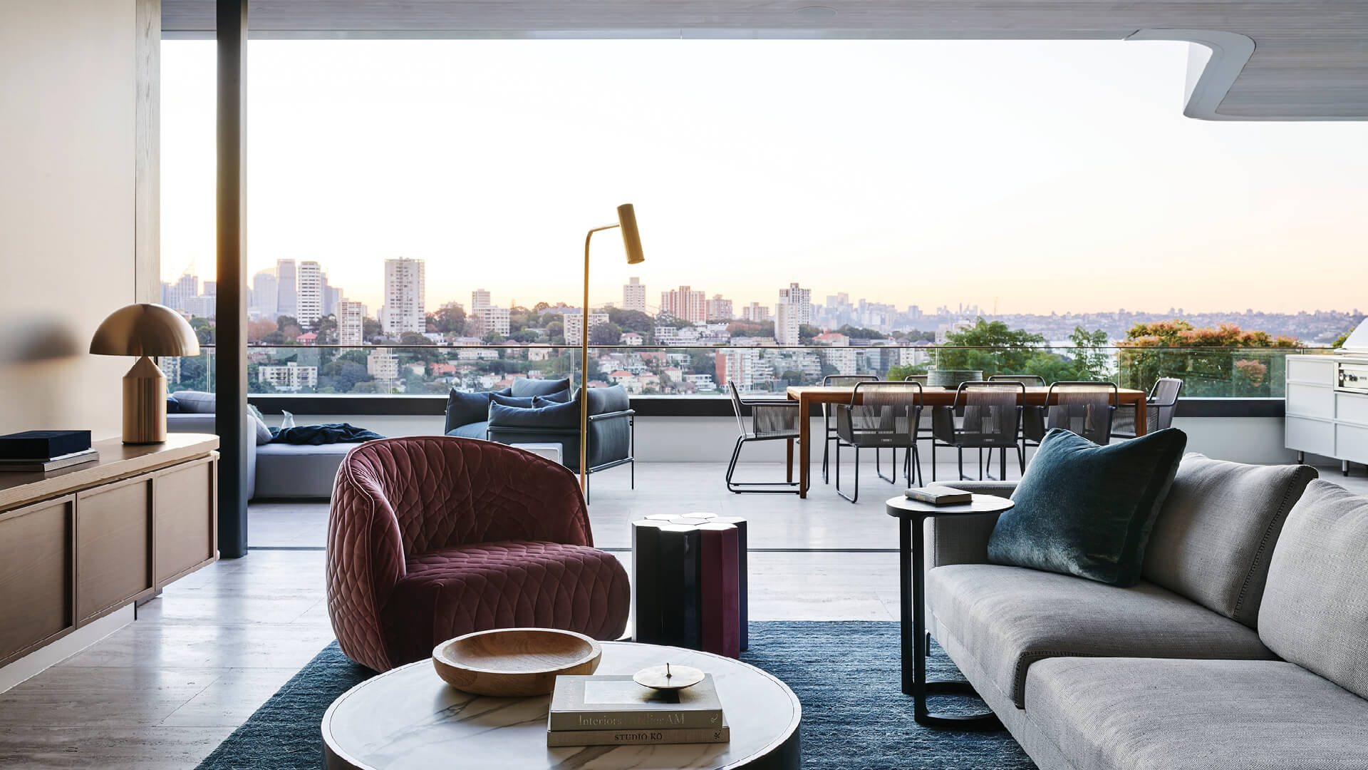 The Hill House offers stunning views of the Sydney skyline and the city's harbour foreshore | Hill House Interiors | Decus Interiors | STIRworld