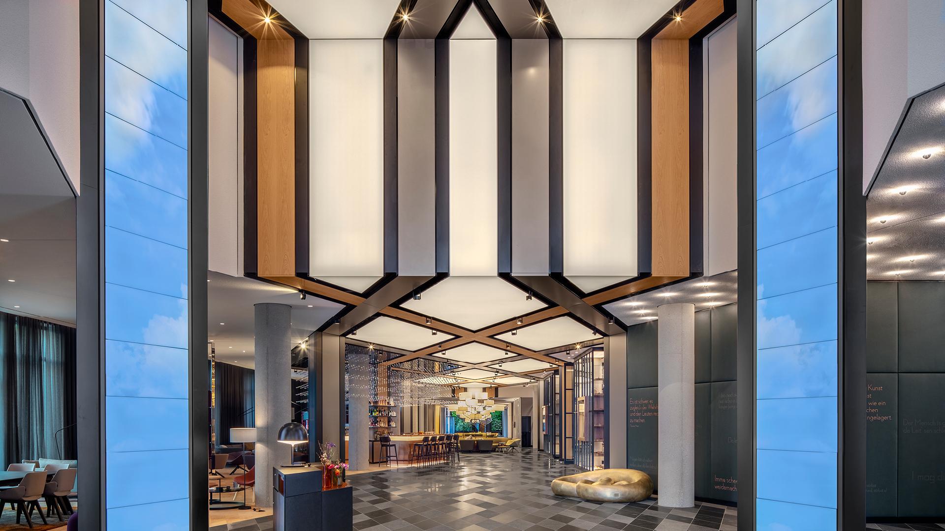 The hotel lobby| Andaz Munich Schwabinger Tor| Concrete| STIR