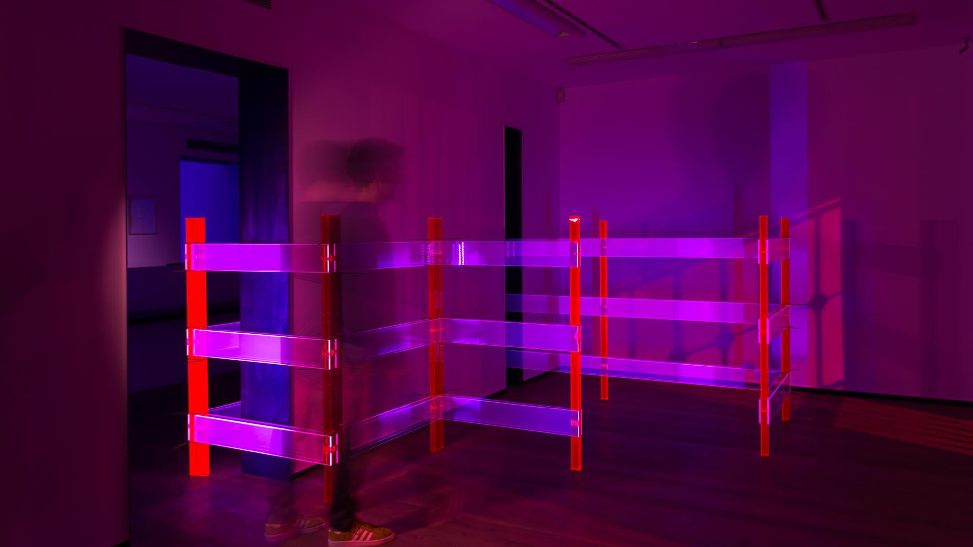 The installation 'Push borders' in black light | Push Borders | Regine Schumann | STIRworld