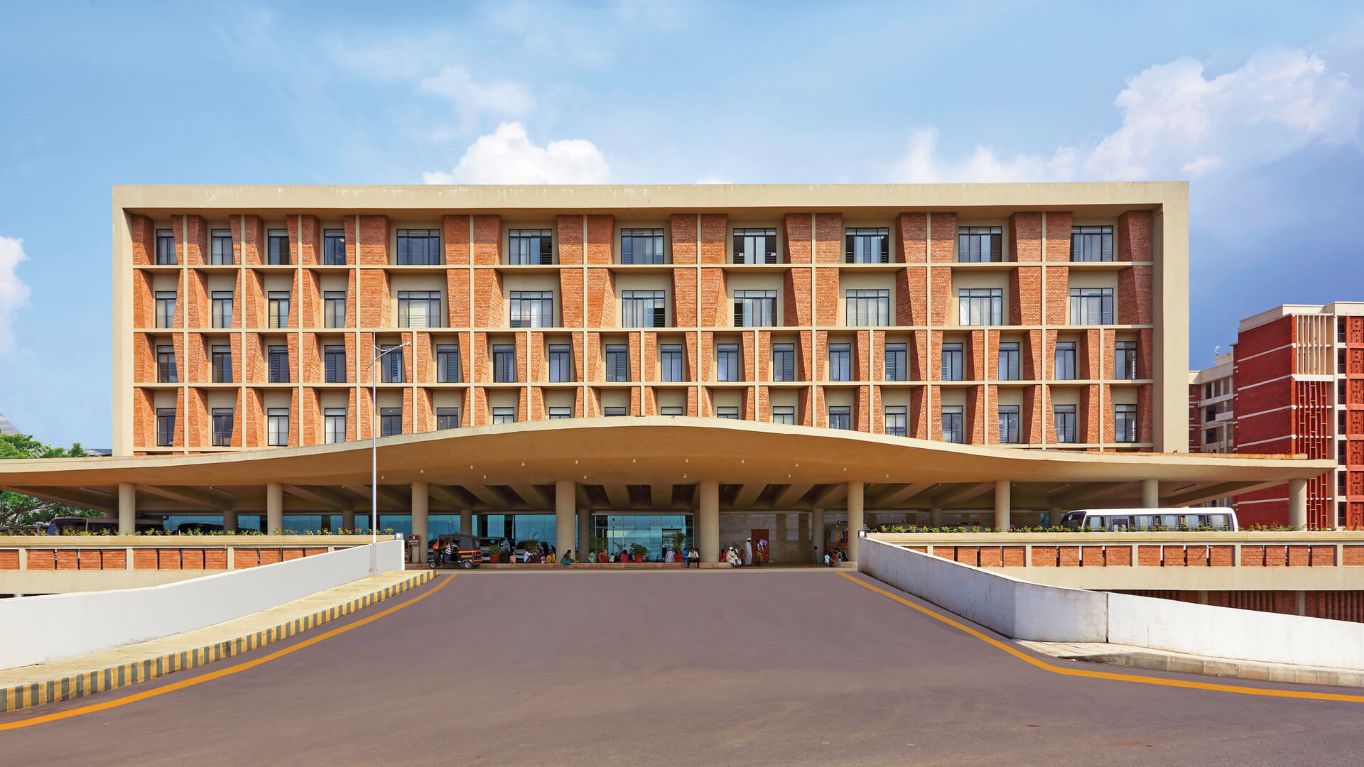 The Symbiosis University Hospital and Research Centre designed by I.M. Kadri and Architects is located amid Pune's Symbiosis Institute campus | Symbiosis University Hospital and Research Centre | IMK Architects, I.M. Kadri | STIRworld