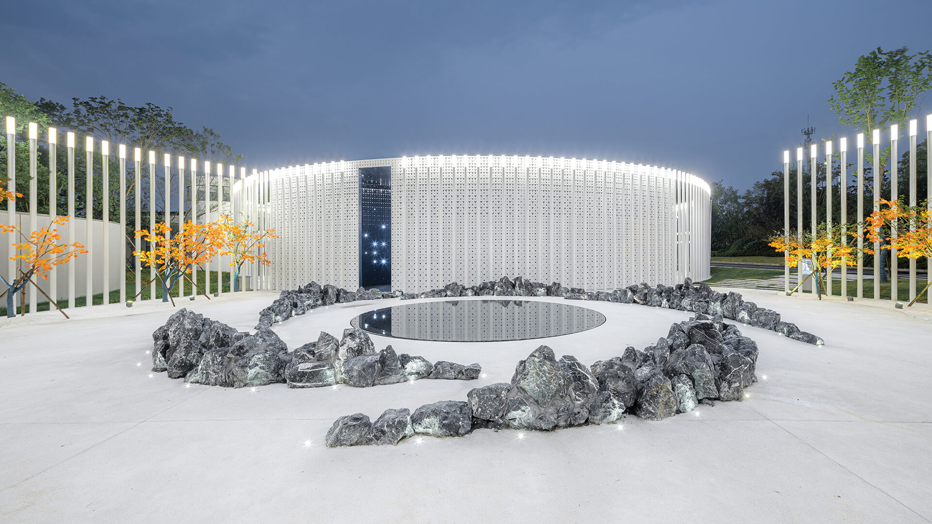White Upland serves as a welcoming stage to a sales centre in Huzhou | White Upland | Wutopia Lab | STIRworld