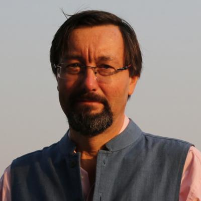 Giles Tillotson