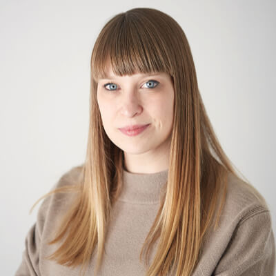 Amy Frearson