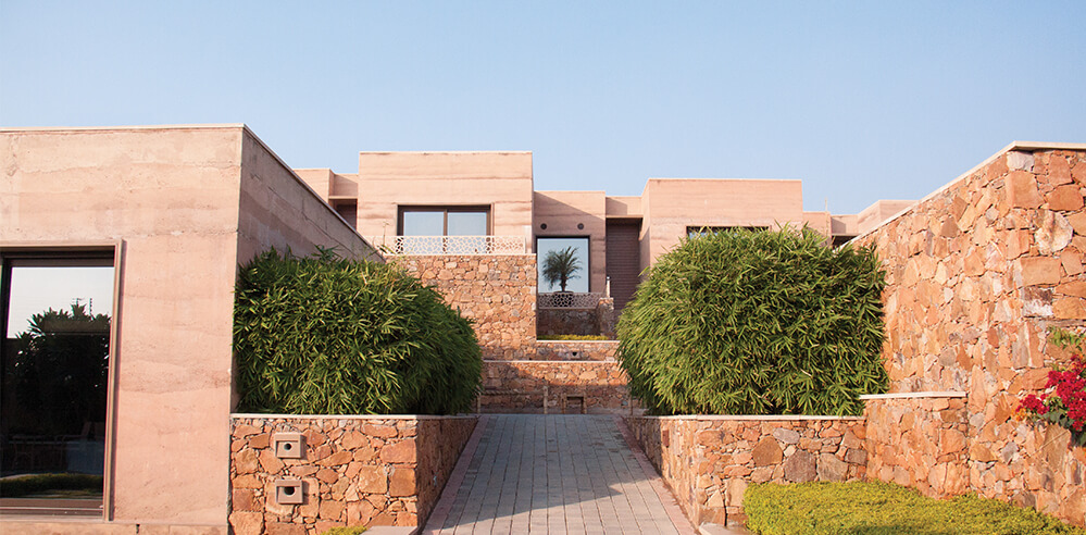 An ode to the lost architecture of rammed earth – Lalit Mangar Hotel
