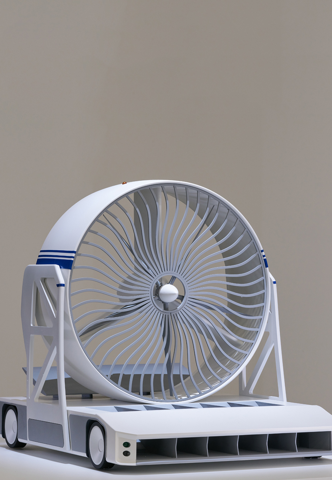 A model of the design by Dmitriy Balashov| Green Blast Jet Energy| Lexus Design Awards| STIR