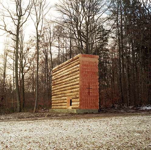 John Pawson creates a chapel of wood logs for cyclists in Germany