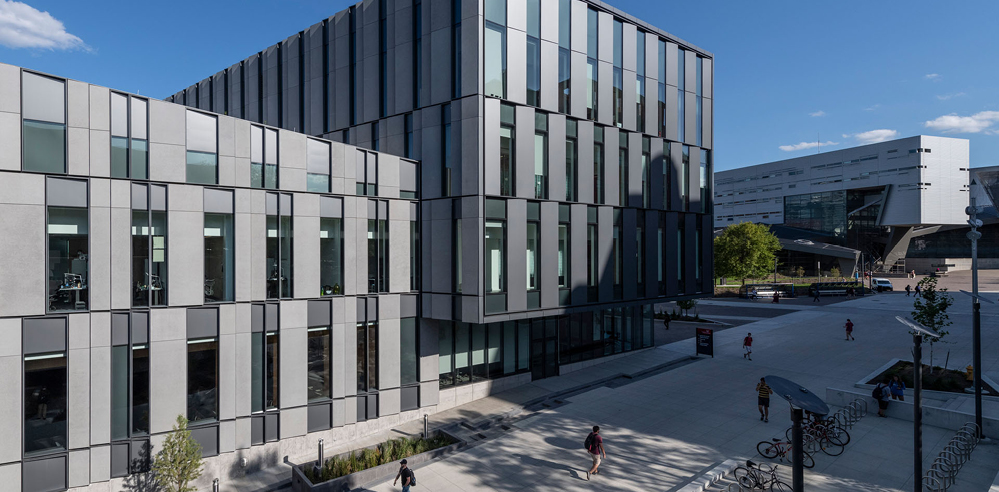Henning Larsen debuts in North America with a business school in Cincinnati