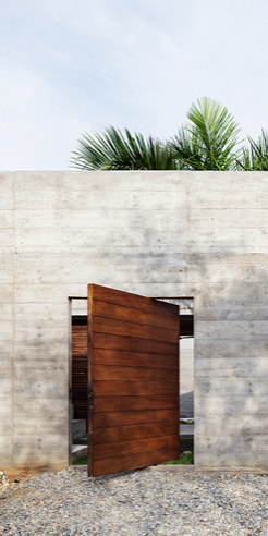 Ludwig Godefroy-designed weekend home in Mexico is an open-to-sky fortress