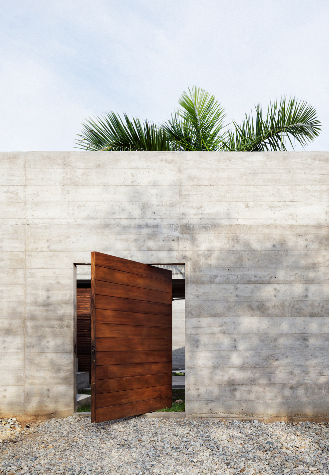 The exterior façade of the house that resembles a fort | Mexico | Ludwig Godefroy | STIRworld